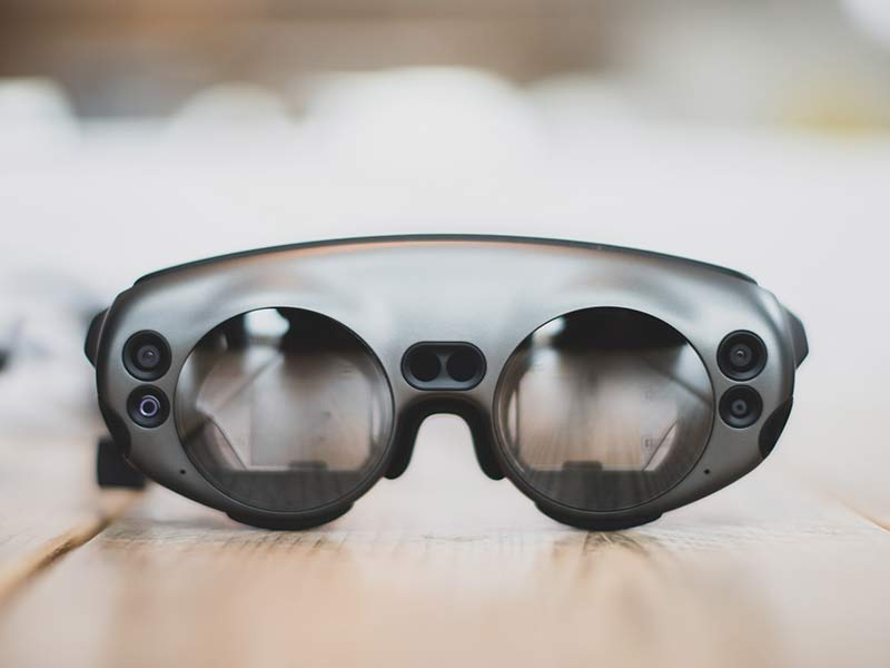 Okulary pokazujące rozszerzoną rzeczywistość.